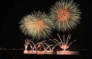 約18,000発の花火が同時に2箇所から打上!第357回 筑後川花火大会
