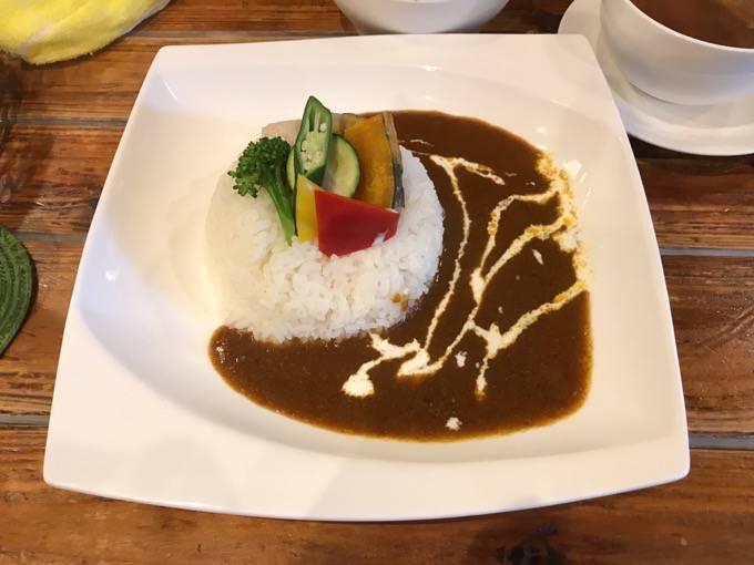 緑に囲まれた地下にあるイタリアン!久留米市 Dining BRIOSO 季節野菜カレーランチ