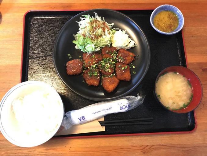 豚バラカツ定食