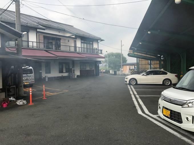 富松うなぎ屋 黒田本店 駐車場