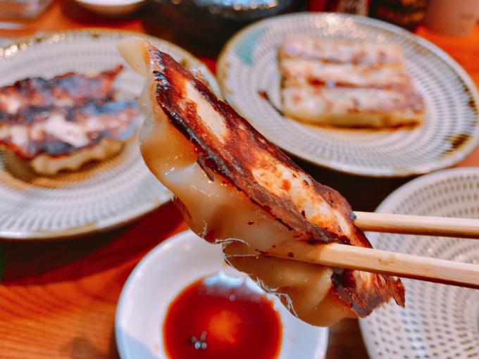 極虎餃子チーズジャンボ餃子