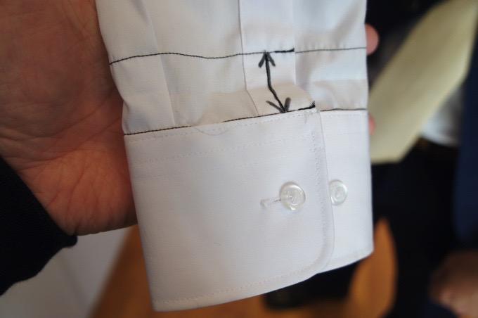 マルヒロの形状安定カッターシャツ