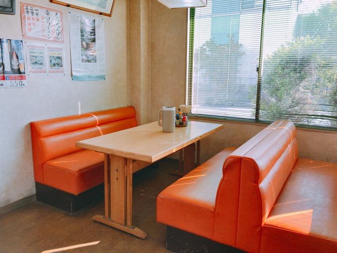 阿香のれんテーブル席