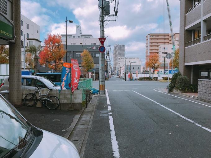 久留米市 ココチ食堂店の道