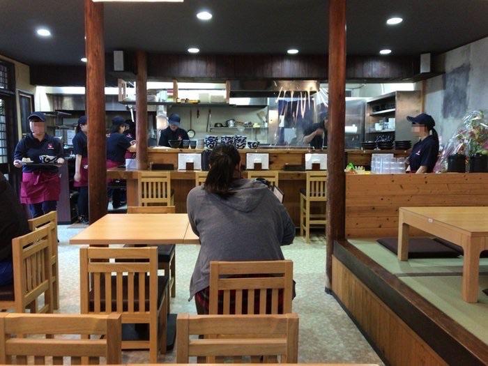 UDON HIRO(うどん ひろ)店内