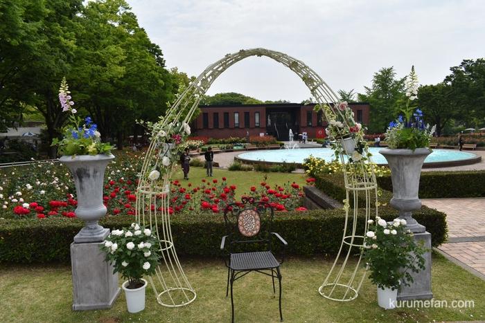 石橋文化センター 春のバラフェア