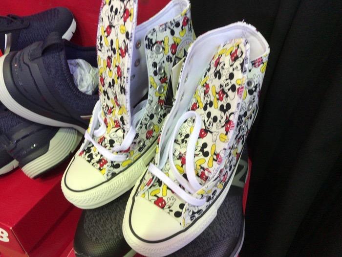ムーンスター靴のバーゲンセール スニーカー
