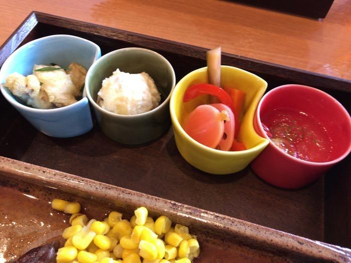 Cafe&Dining CoCola(ココラ)小鉢4種