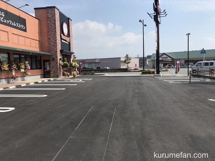神戸クック・ワールドビュッフェ久留米店 店舗場所・駐車場