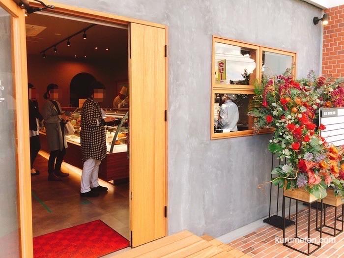 ムッシュヒロ 新店舗入口