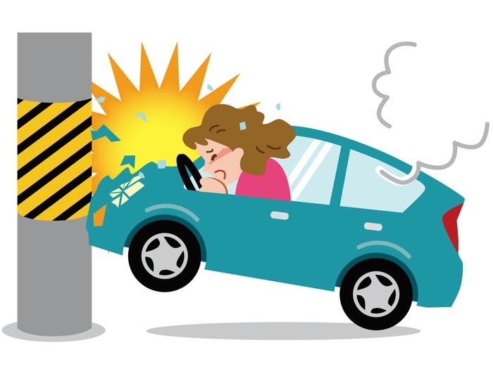 八女市で軽自動車が電柱に衝突し女性が死亡【交通事故】