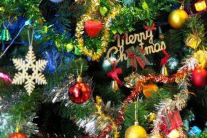 六ツ門図書館 クリスマス会 ストーリーテリングや人形劇開催