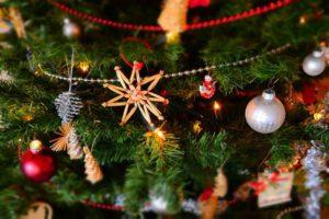 三潴図書館 クリスマスおはなし会 大型絵本・紙芝居 サンタもやってくる!