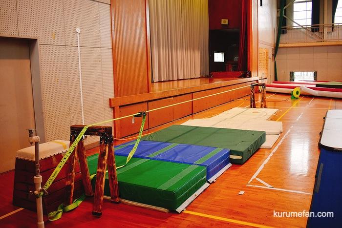 久留米市安武小学校体育館の自主練習場 スラックライン