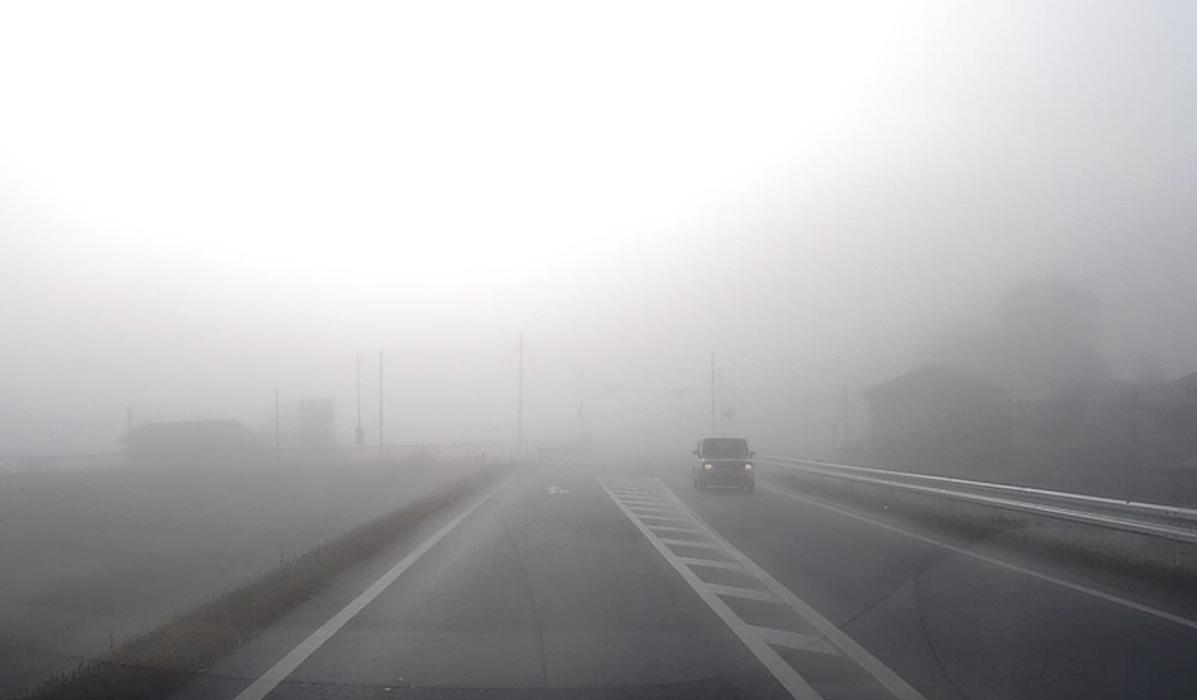 今朝の久留米市の霧はすごかった!濃い霧に驚き!【1月27日】
