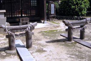 粟島神社大祭 「ミニ鳥居くぐり」毎年桃の節句に行われている祭事【筑後市】
