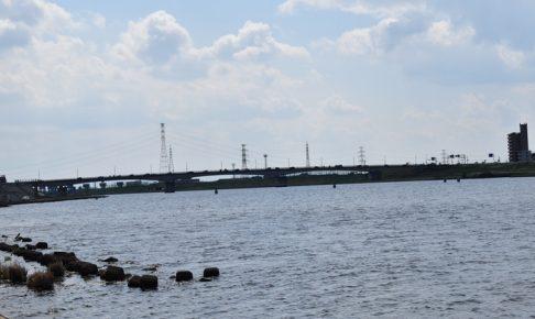 久留米市大石町の筑後川で水面に浮いている遺体が見つかる