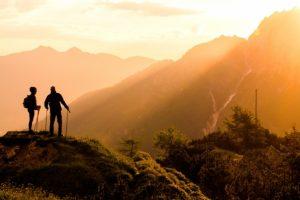 耳納連山山開き 鷹取山山頂で山の安全祈願式典と餅まき開催【久留米市】