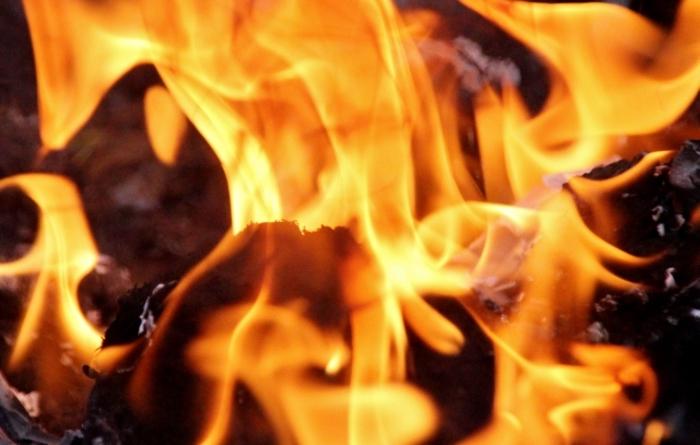 放火の疑いで筑後市の男を逮捕 高校の建物に火をつけた疑い