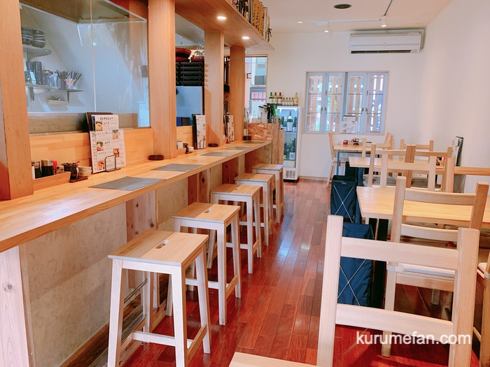 久留米市東町 魚・串料理「つぼみ」店内・席数