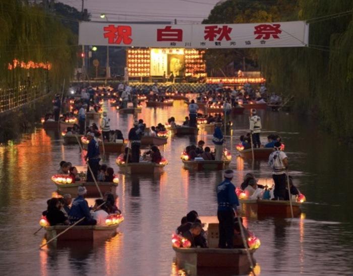 第67回 白秋祭水上パレード2019 多数のどんこ舟川下り 花火打上も【柳川市】