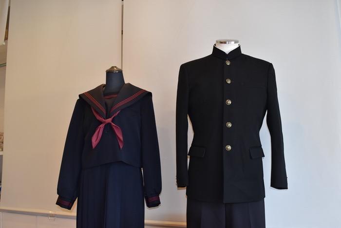 マルヒロ 12月25日まで学生服・セーラー服の採寸予約すると特別特典