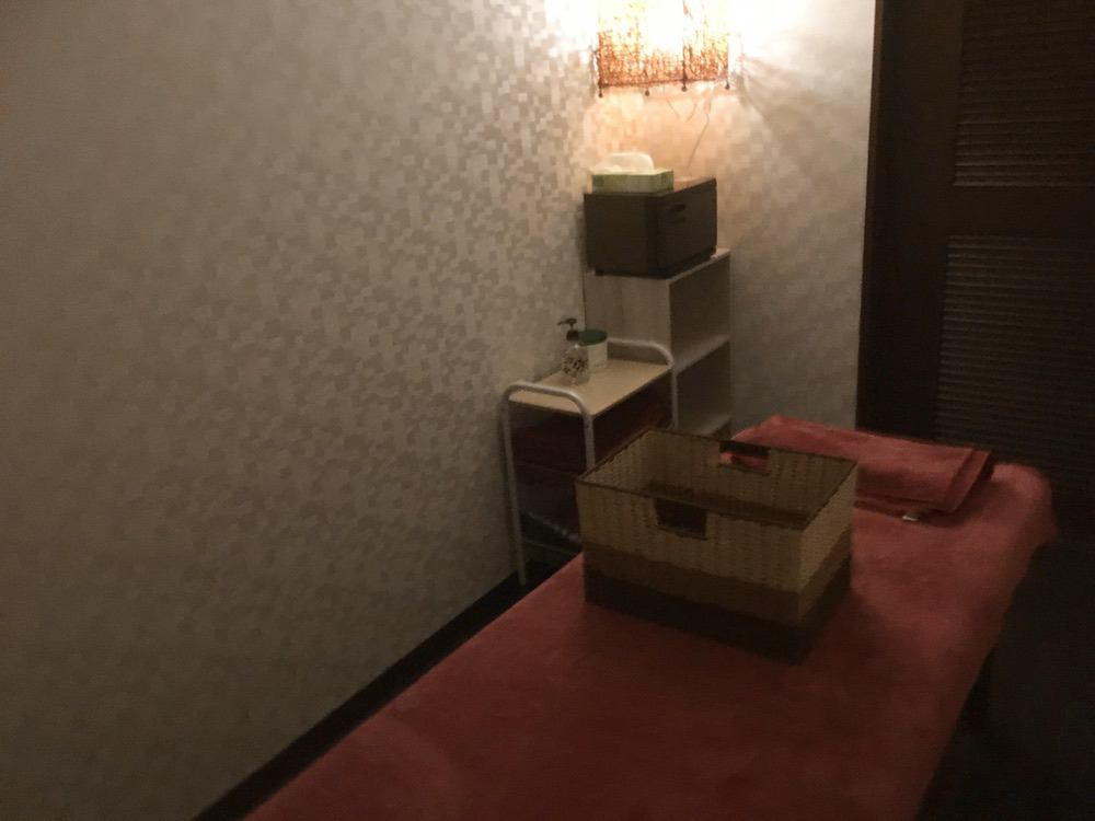 ほぐしサロン フロウ 久留米東合川店 女性限定のリンパケア用完全個室も完備