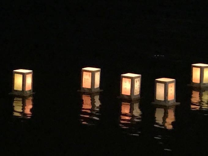 久留米流し灯籠 2020年は中止に 故人をしのぶ 筑後川伝統の精霊流し