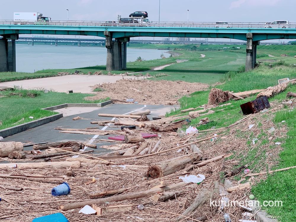 久留米市 リバーサイドパーク 令和2年7月豪雨で甚大な被害 たくさんの流木