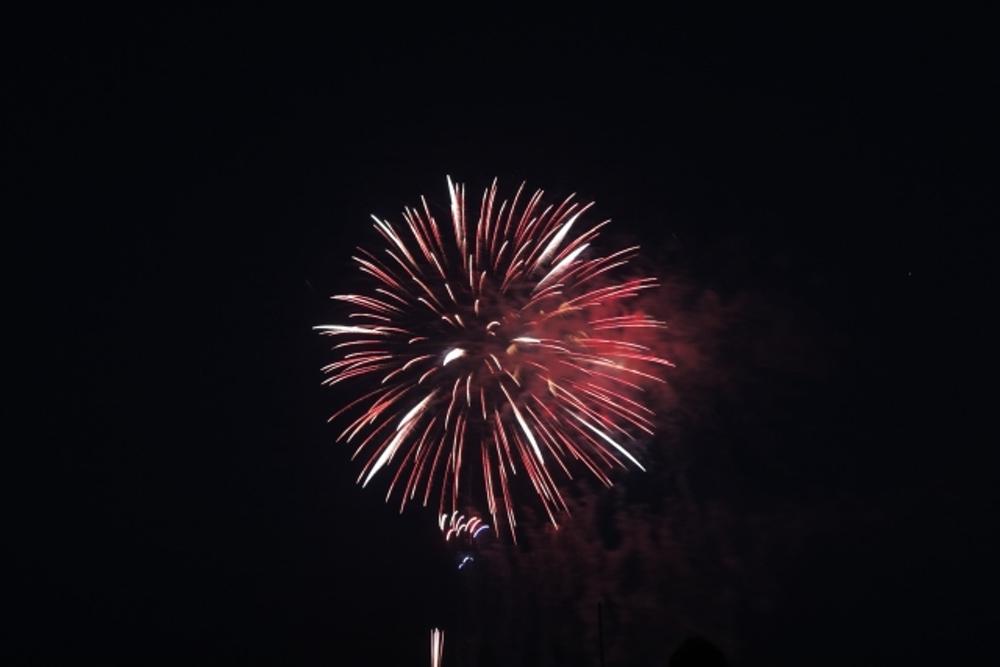 昨日8/5 久留米市でほんの少しだけ花火が上がってたみたい!?