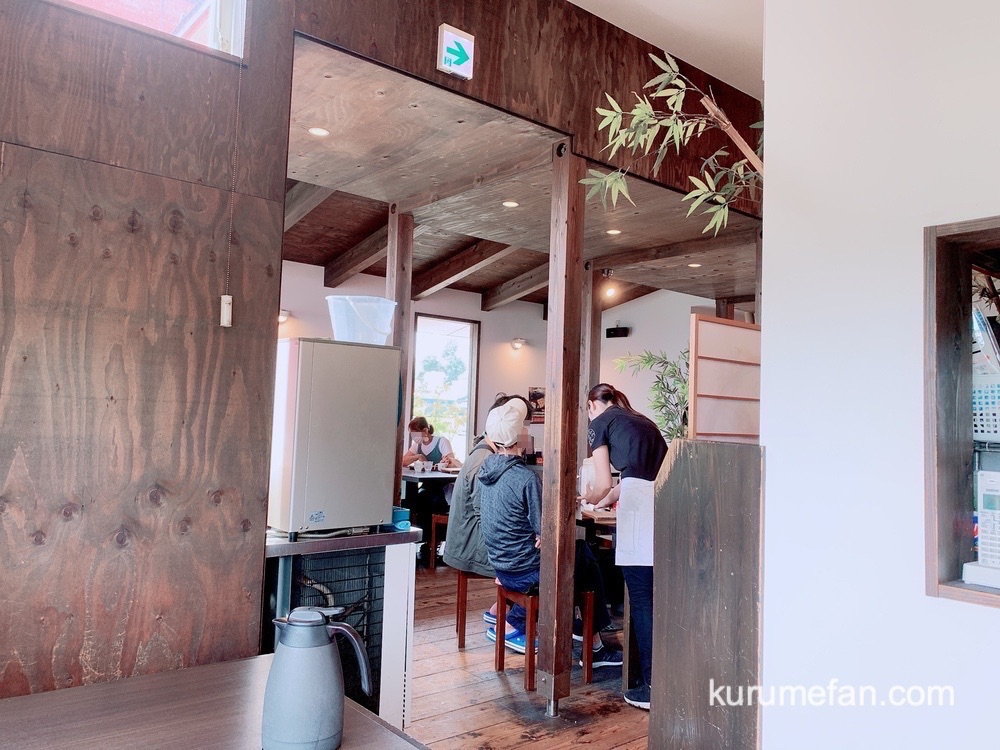 麺屋 我ガ(GAGA)小郡本店 和風モダンな店内