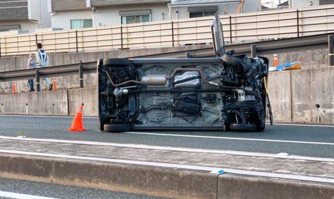 久留米市白山町交差点付近 国道264号線で車が横転事故【9月29日】