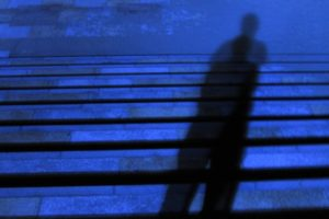 久留米市大手町 通行中の女性が見知らぬ男からつきまとわれる【不審者注意】