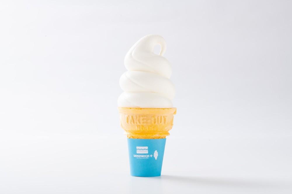 サンドウィッチプラス(SANDWICH+)生クリーム仕立てミルキークリームソフト