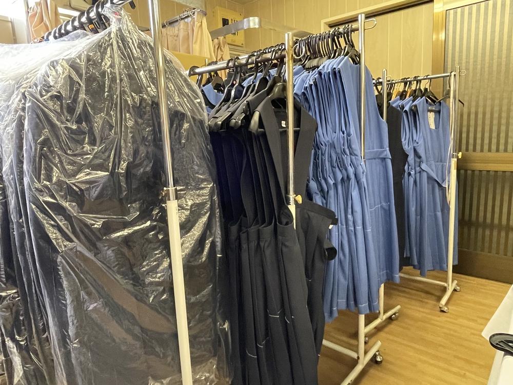 制服センター マルヒロ 旧制服・関連商品ガレージセール